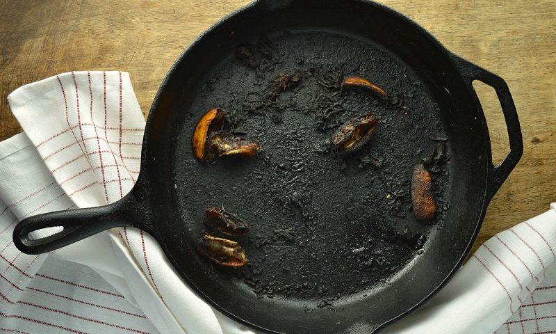 تمیز کرددن ظروف سوخته